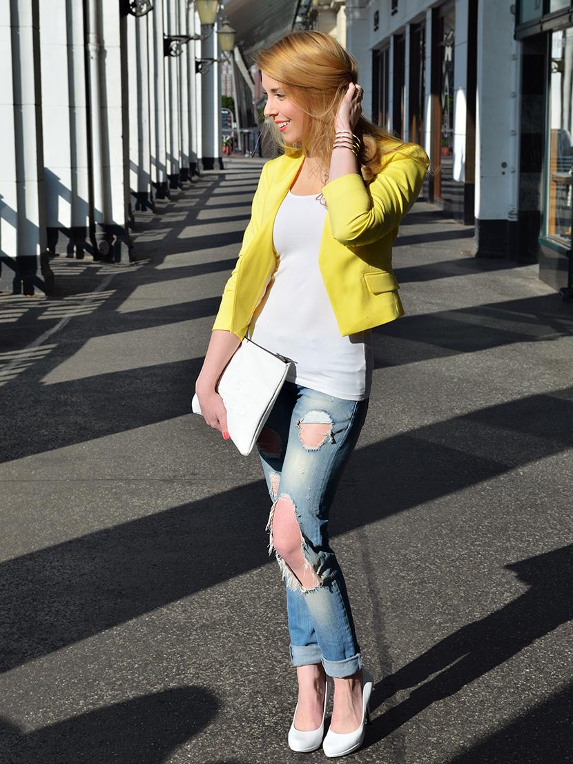 Outfit_BelleMelange_Stressed_weißeTasche_gelberBlazer_1