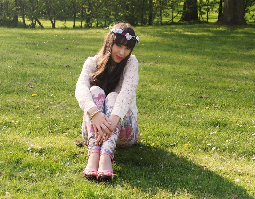 Outfit_SundayMorning_BelleMelange_FlowerCrown_Spring_Fashion_05