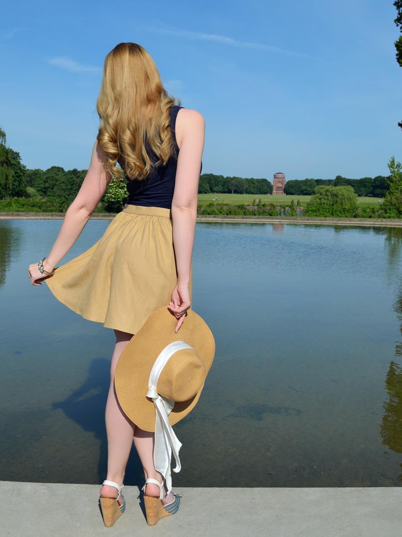 Outfit_BelleMelange_Morgensonne_Wedges-Strohhut-1