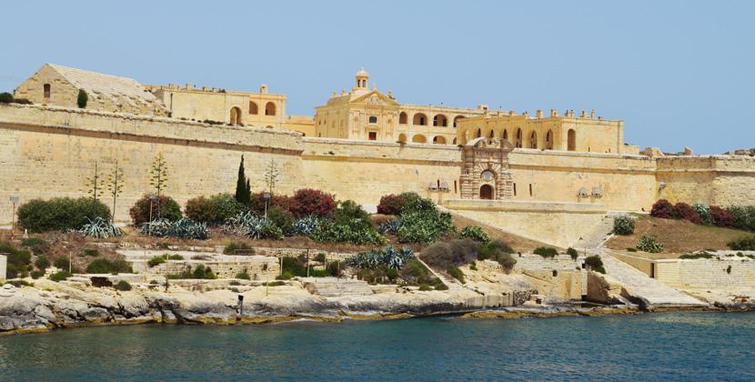 Titelbild_Belle-Melange_En-Route_Travel_Malta