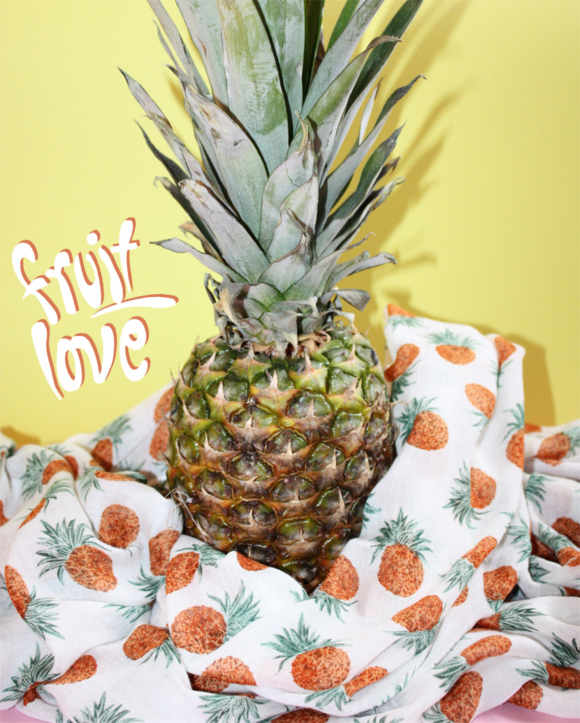 TrendFruits_05_Fashion_Accessoires_Schal_Scarf_Ananas_Pineapple