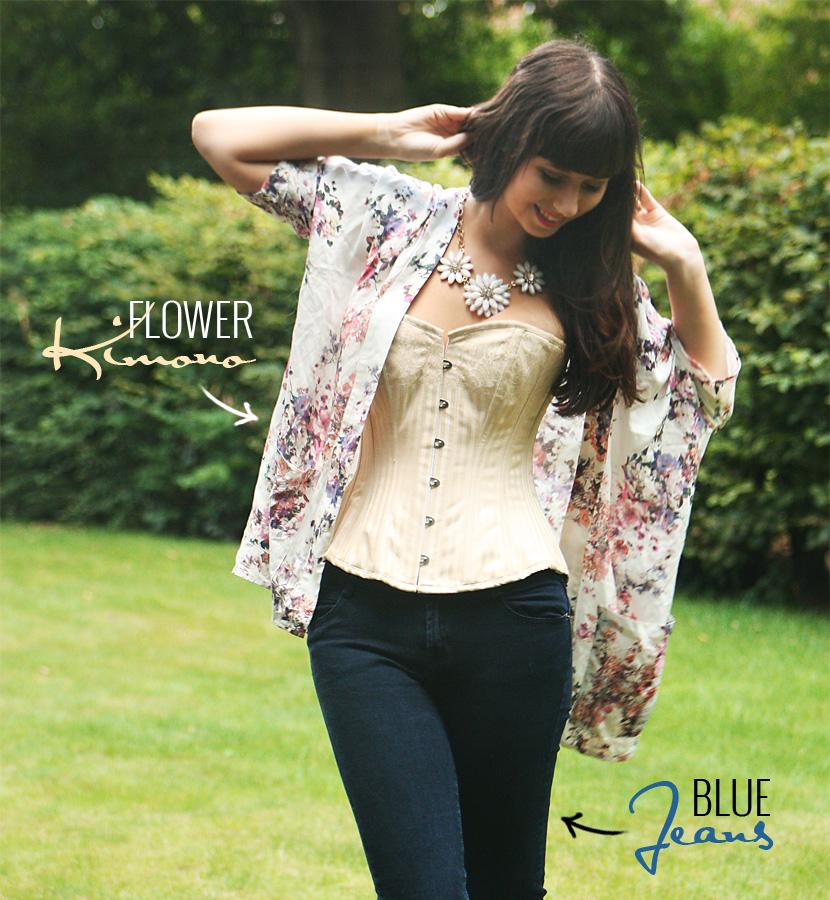 01_HowToWearACorset_fashion_outfit_CorsetStory_BelleMelange_Kimono