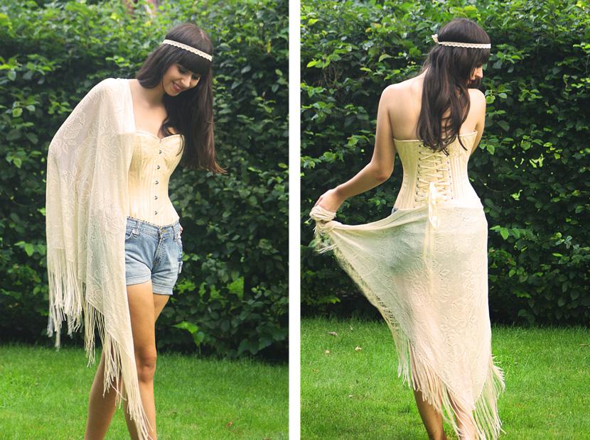 08_HowToWearACorset_fashion_outfit_CorsetStory_BelleMelange_FringedSkarf