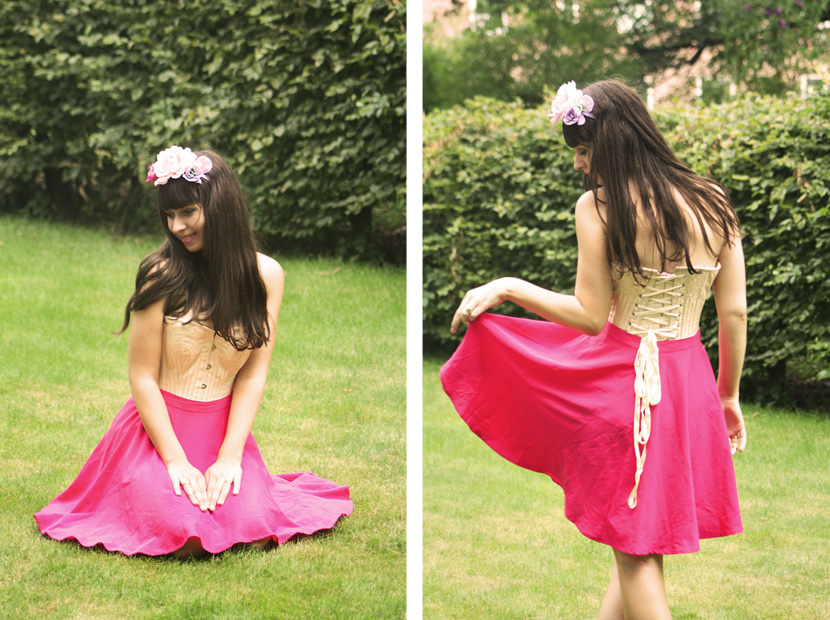 10_HowToWearACorset_fashion_outfit_CorsetStory_BelleMelange_FlowerCrown