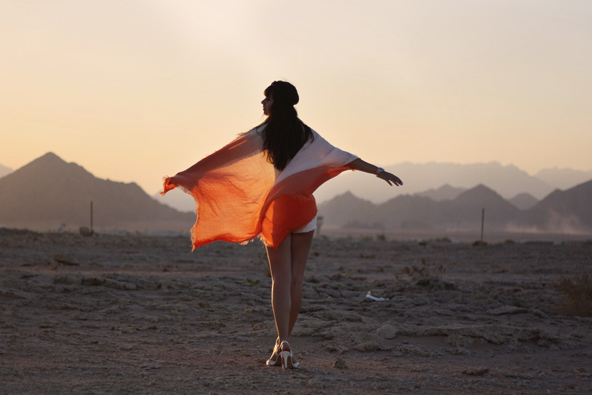 SandUnderMyHeels_Desert_Outfit_Fashion_Orange_ASOS_Sunset_BelleMelange_Egypt_12