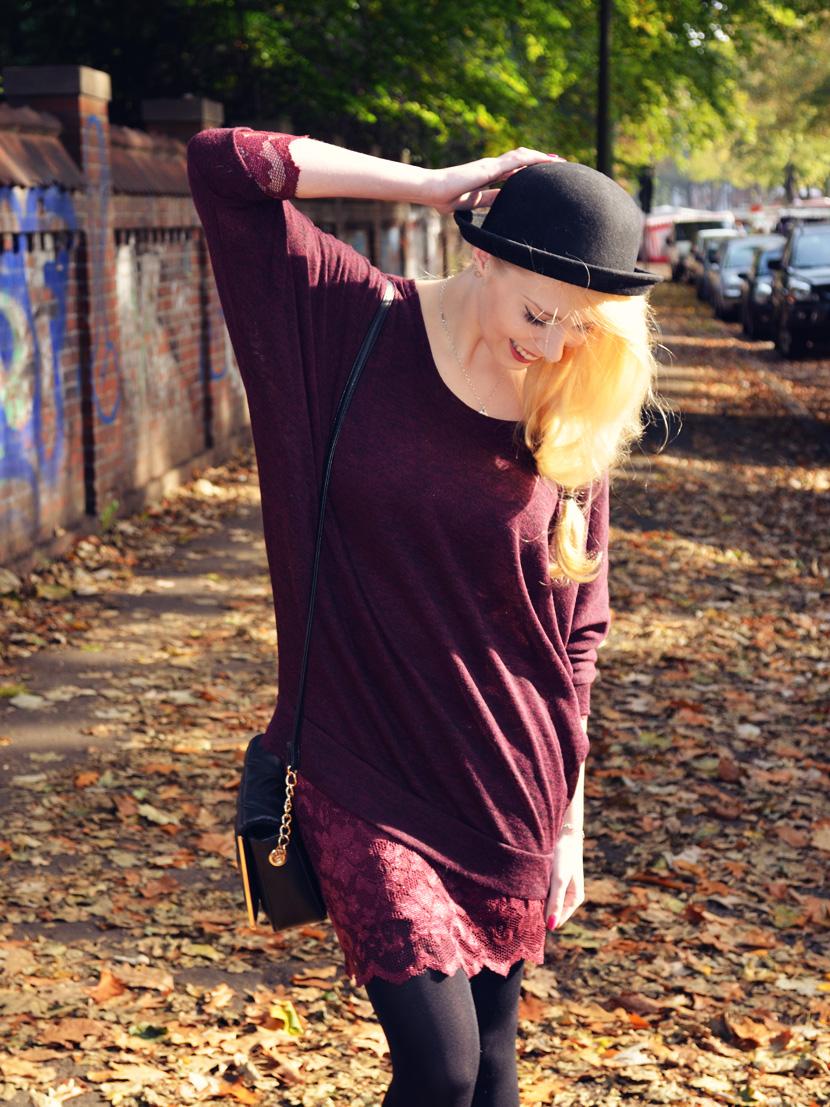 8_Blog_Belle-Melange_Fallen-Leaves_Outfit-Bordeaux_Spitze_Oversize-Pullover