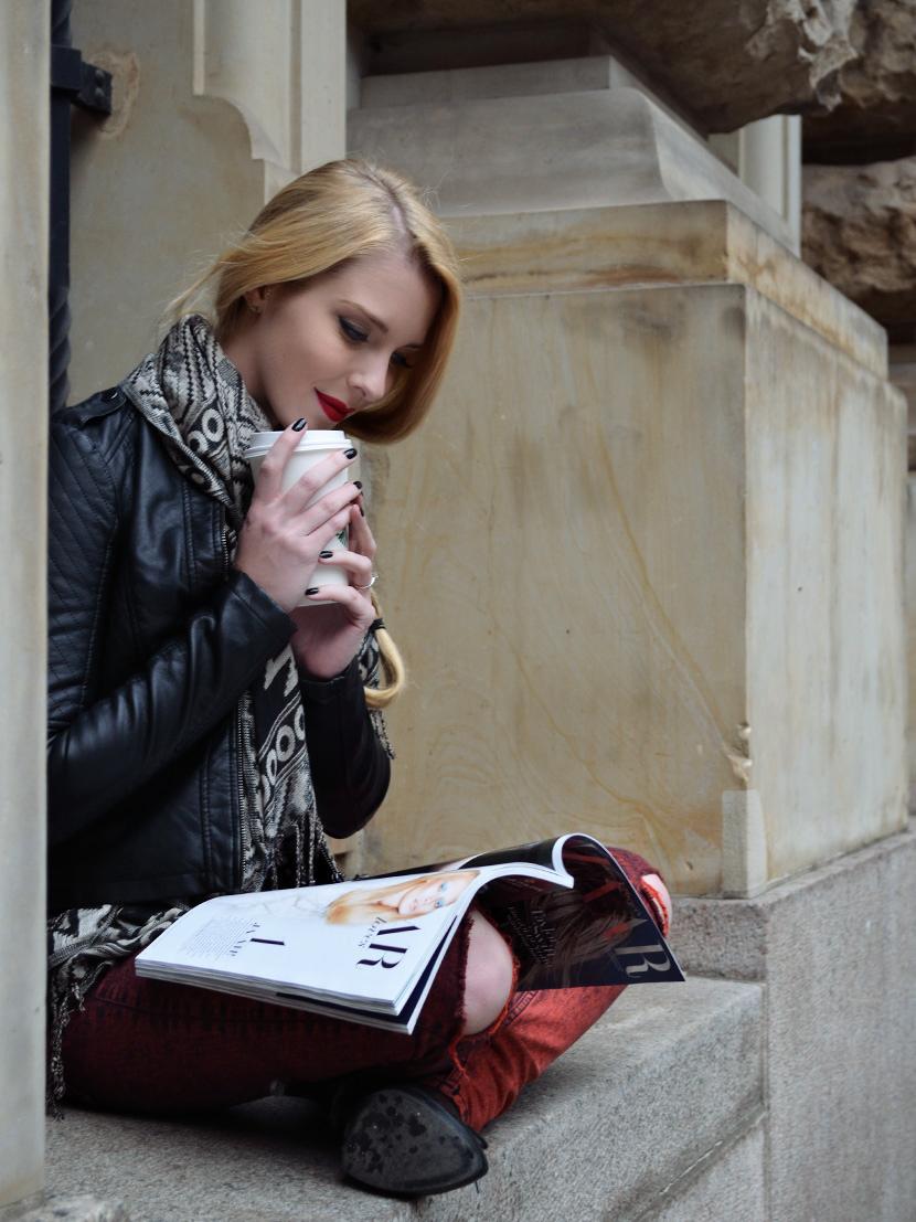 Blog_Belle-Melange_Fashion_Outfit_Black-jacket-and-red-lips_Basics_8