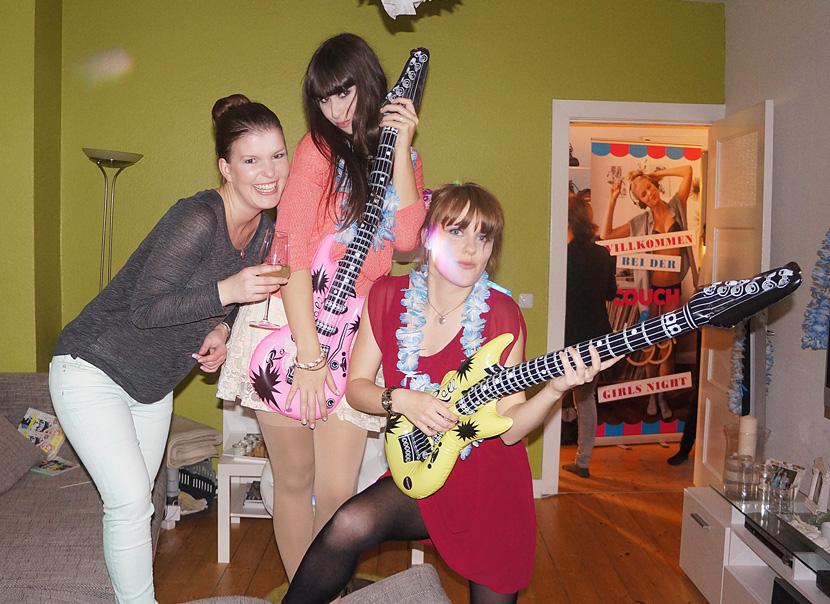 Couch&SloggiNight_Party_magazin_Girls_dance_beauty_BelleMelange_08