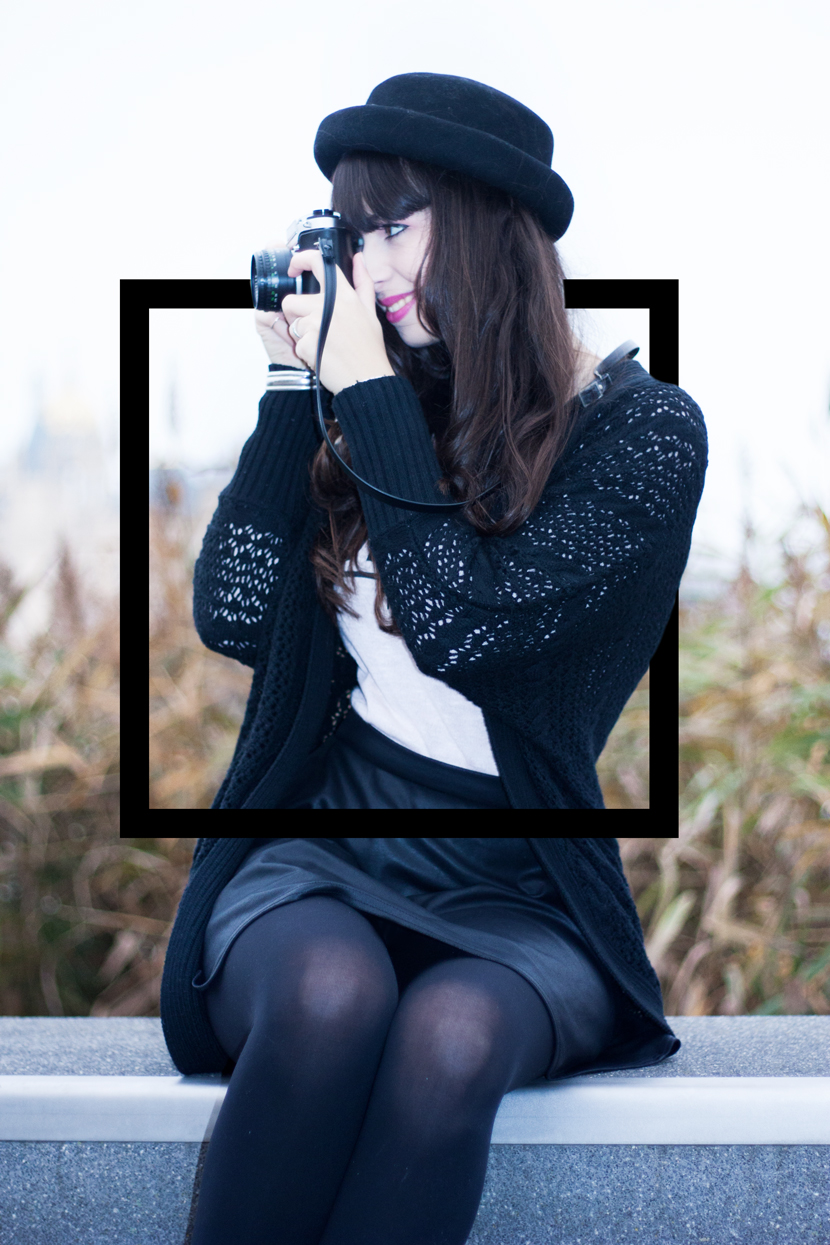 MyEyesTakePhotos_Camera_Fashion_Outfit_Reserved_Hat_Black_BelleMelange_03