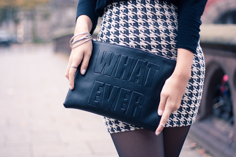 Whatever_Clutch_Hamburg_Outfit_Fashion_Pieces_Bridge_BlackWhite_BelleMelange_02