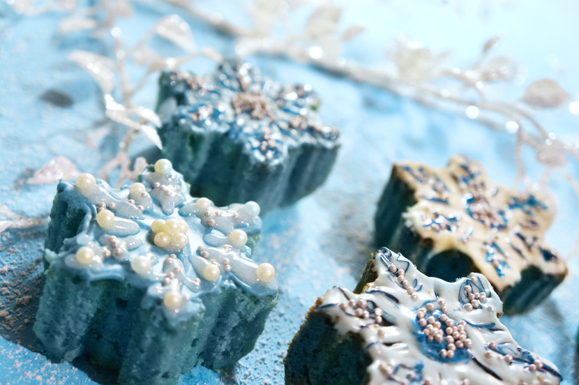 SnowflakeMiniCakes_Recipe_Backen_Delicious_Christmas_Sweet_BelleMelange_07