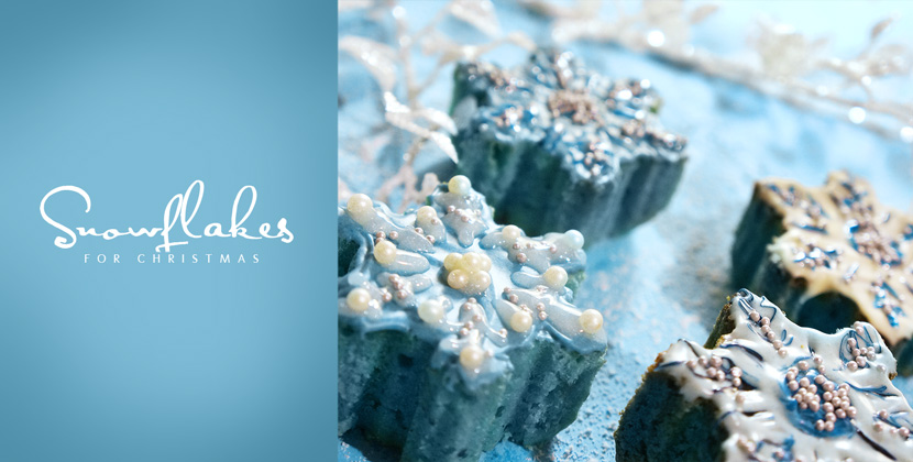 SnowflakeMiniCakes_Recipe_Backen_Delicious_Christmas_Sweet_BelleMelange_Titelbild