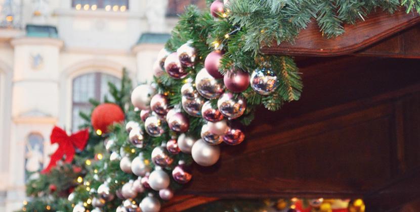 Titelbild_Blog_Belle-Melange_En-Route_Christmas_Stars-in-Lueneburg