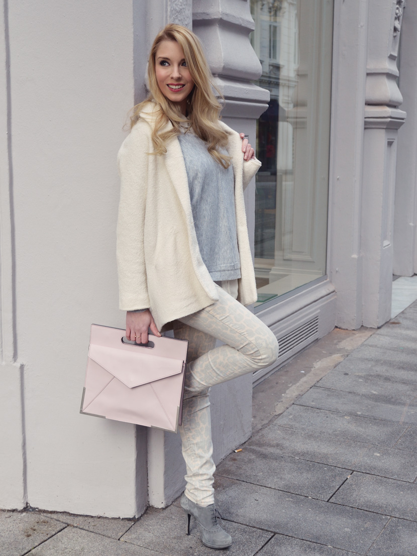 Pastell-Leo-Love_Blog_Belle-Melange_Fashion_Outfit_Rosa-Grau_1