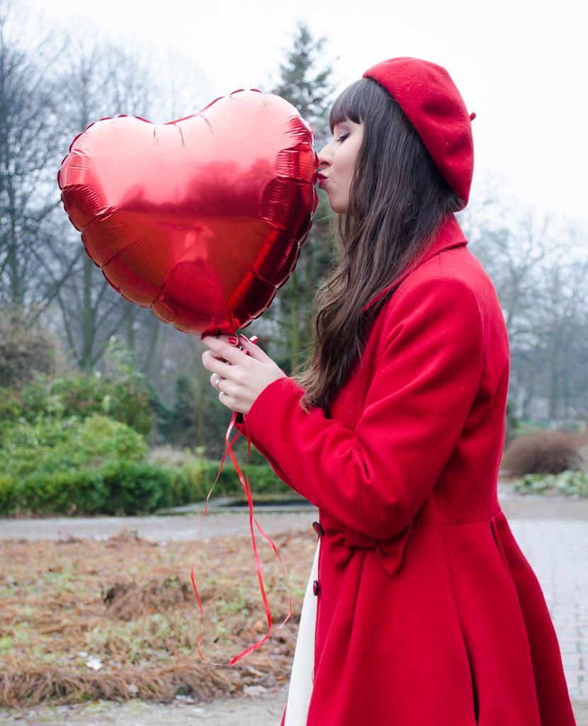 TheHappyHeartsClub_ValentinesDay_Love_RedBalloons_BelleMelange_03