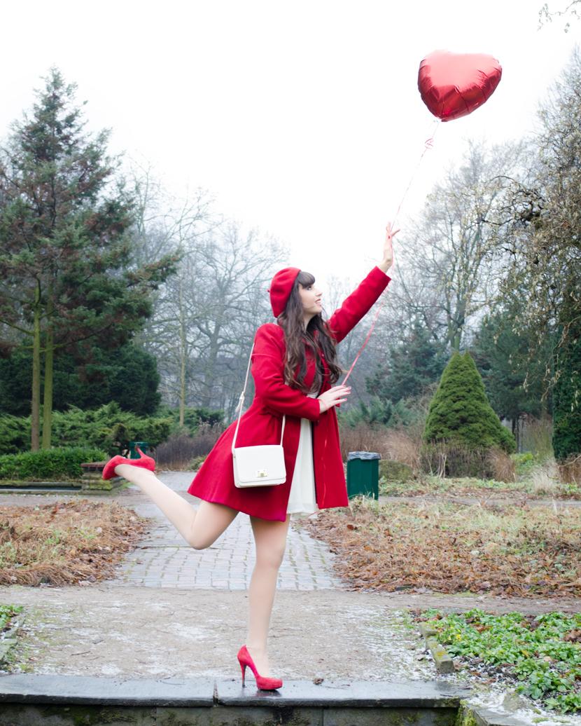 TheHappyHeartsClub_ValentinesDay_Love_RedBalloons_BelleMelange_07
