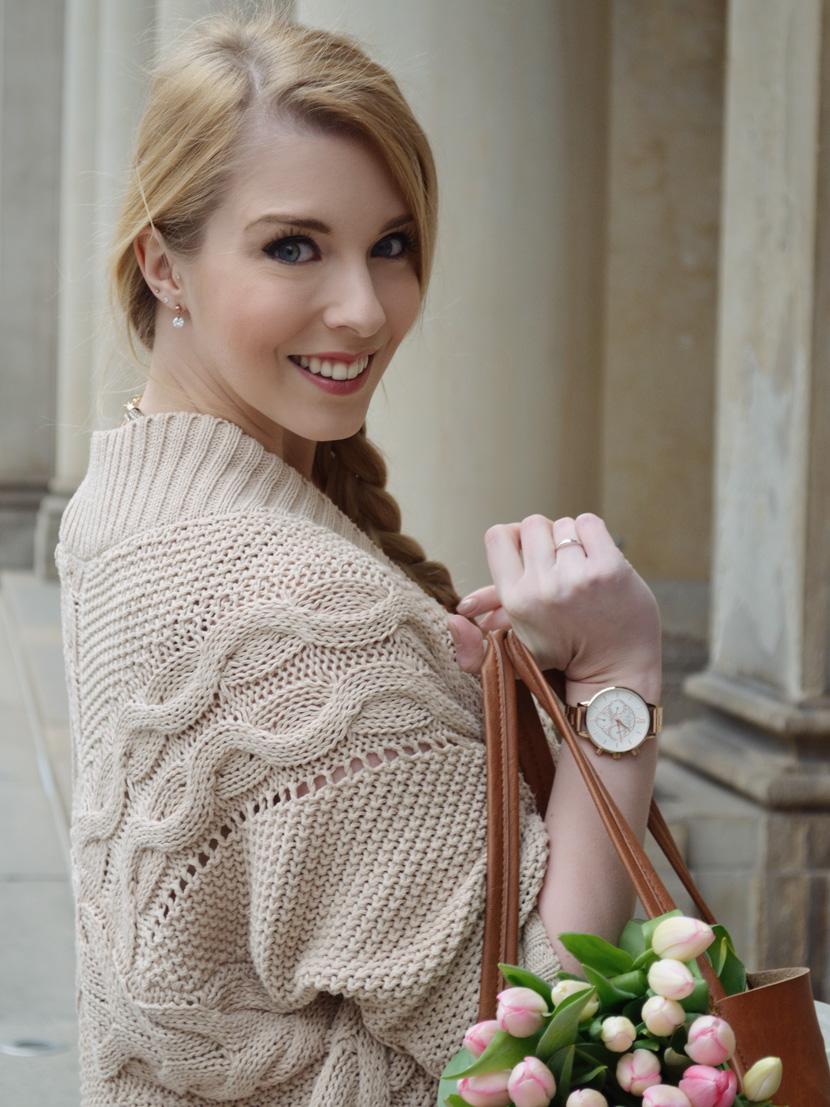 Caramel-for-Spring_Blog_Belle-Melange_Oversize-Strick-Cardigan_Stoffhose_13