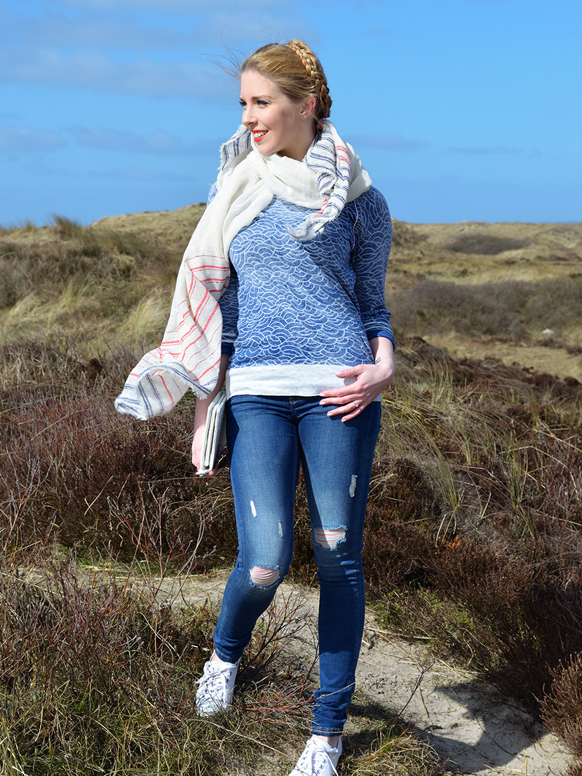 In-den-Dünen_Blog_Belle-Melange_Fashion_Outfit_Meer_Wellenpullover_Gaastra_Destroyed-Jeans_Zara_1