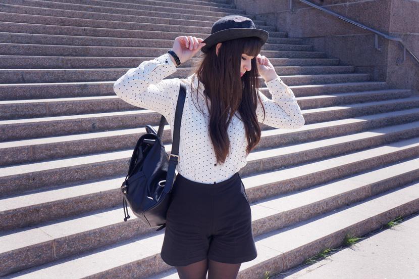 LittleHeartsBigLove_Leipzig_BlackWhite_Outfit_Fashion_Reserved_BelleMelange_07