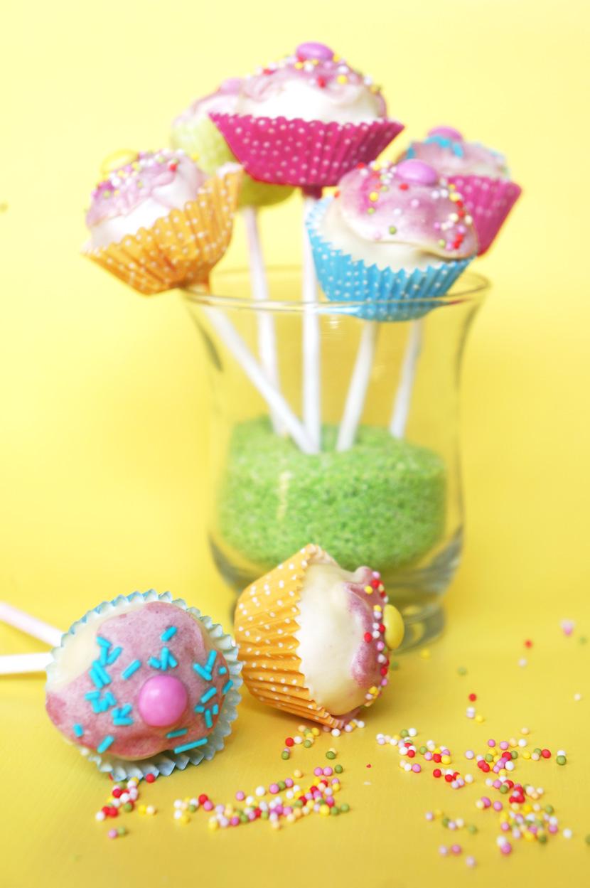 CakePops-Rezept-Anleitung-Backen-Kuchen-BelleMelange-10