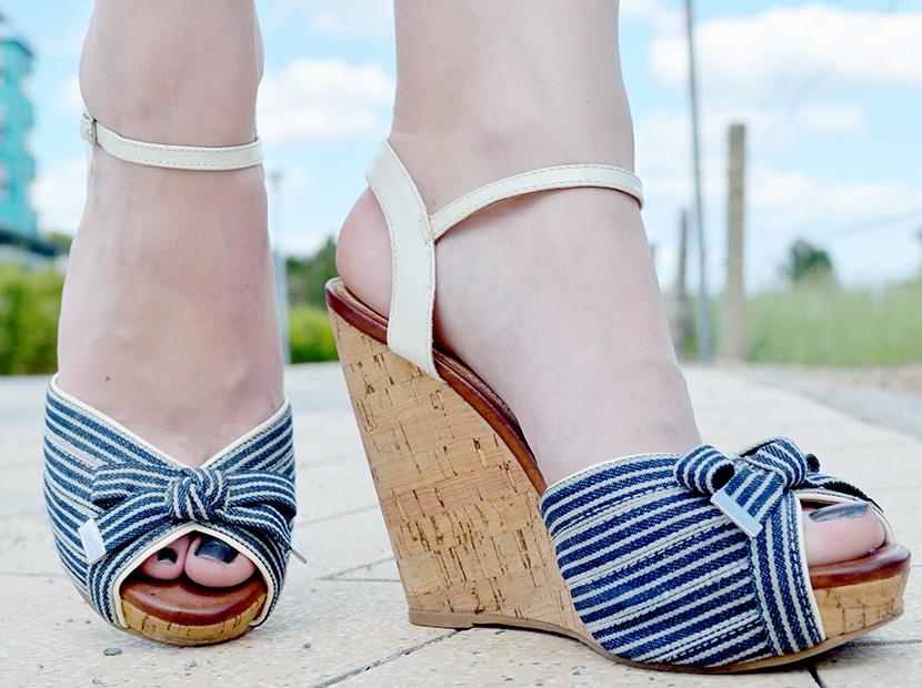 Ostsee-Liebe_Belle-Melange_Blog_Outfit_Fashion_Look_ootd_maritim_Shorts-Blazer_Streifen_8