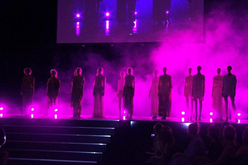 Desert-MarcelOstertag-MBFW-FashionWeek-Show-2015-BelleMelange-01