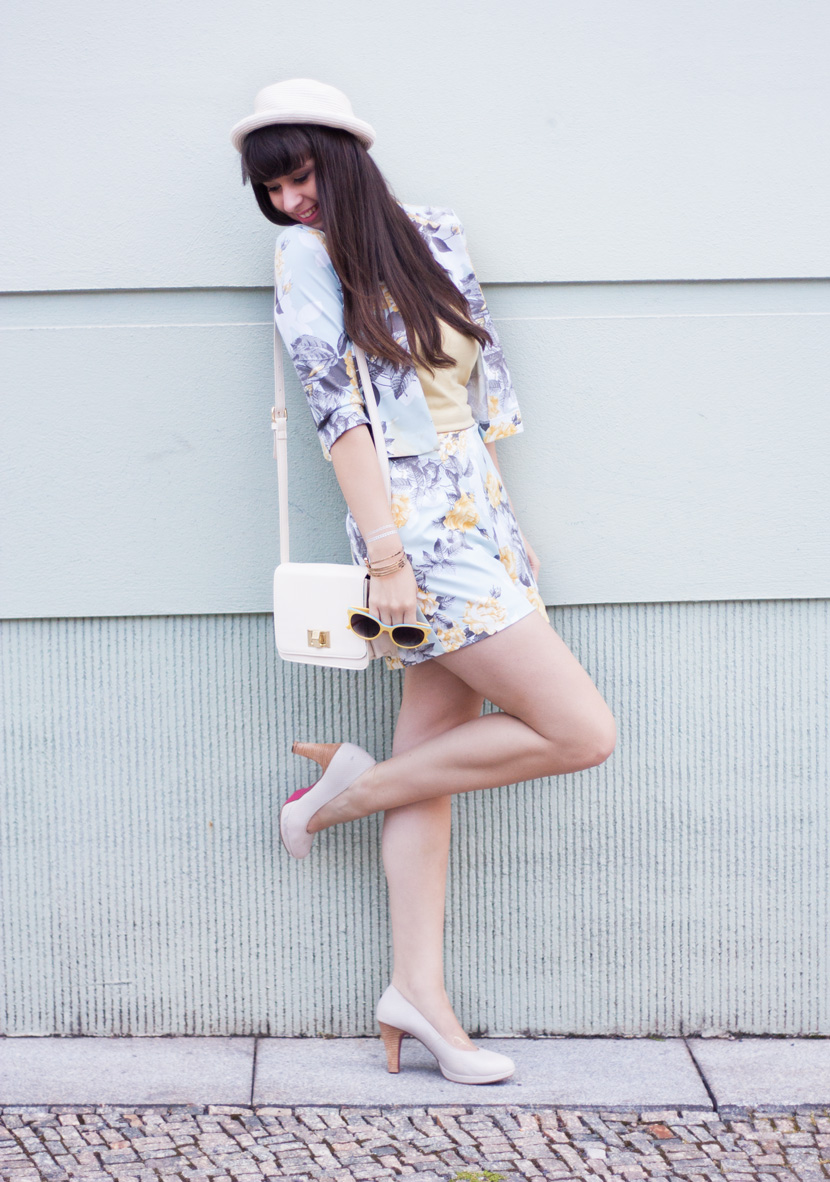 FlowerChic-Berlin-Asos-Blumenprint-Summerlook-BelleMelange-01