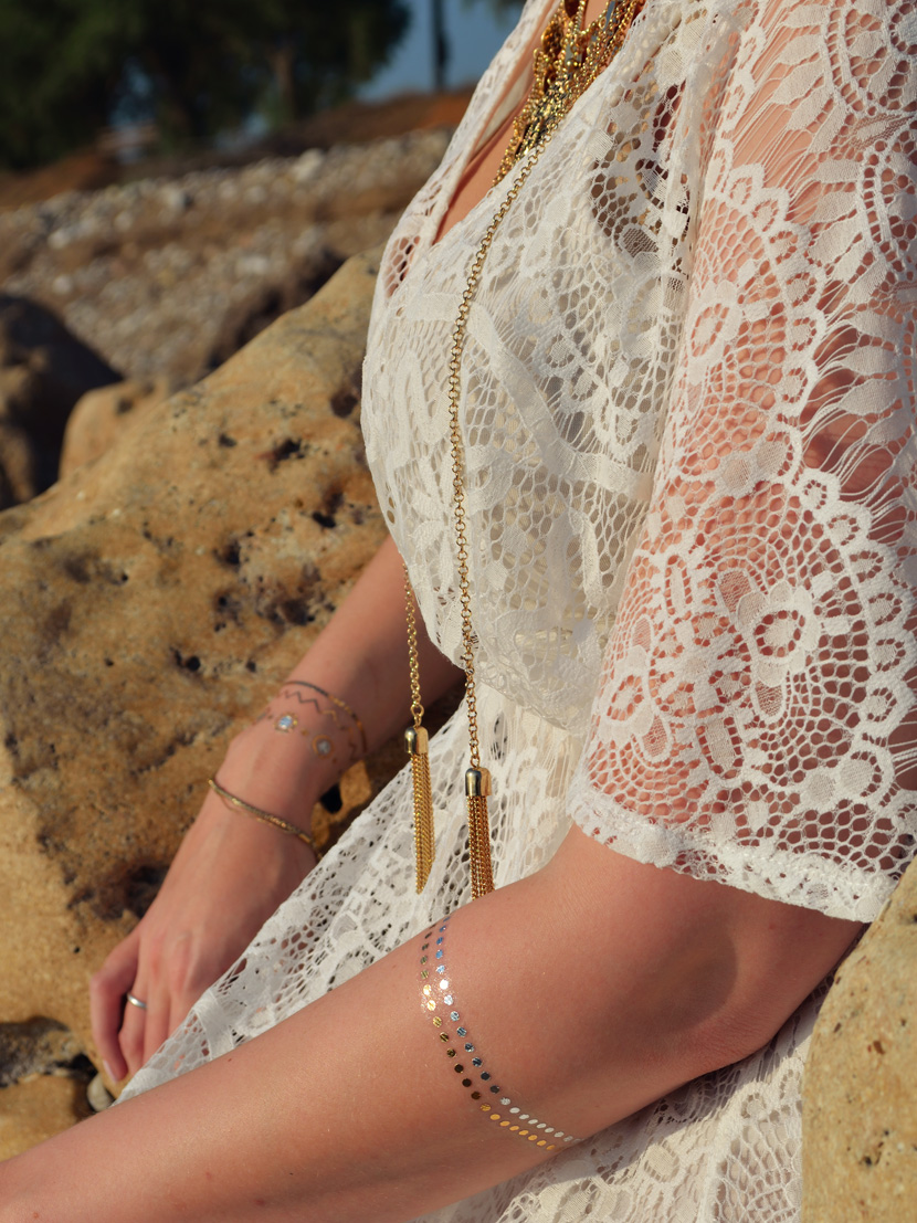 Golden-Sunset_Belle-Melange_Blog_Fashion_Outfit_Boho_Kleid_Spitze_Beach-3