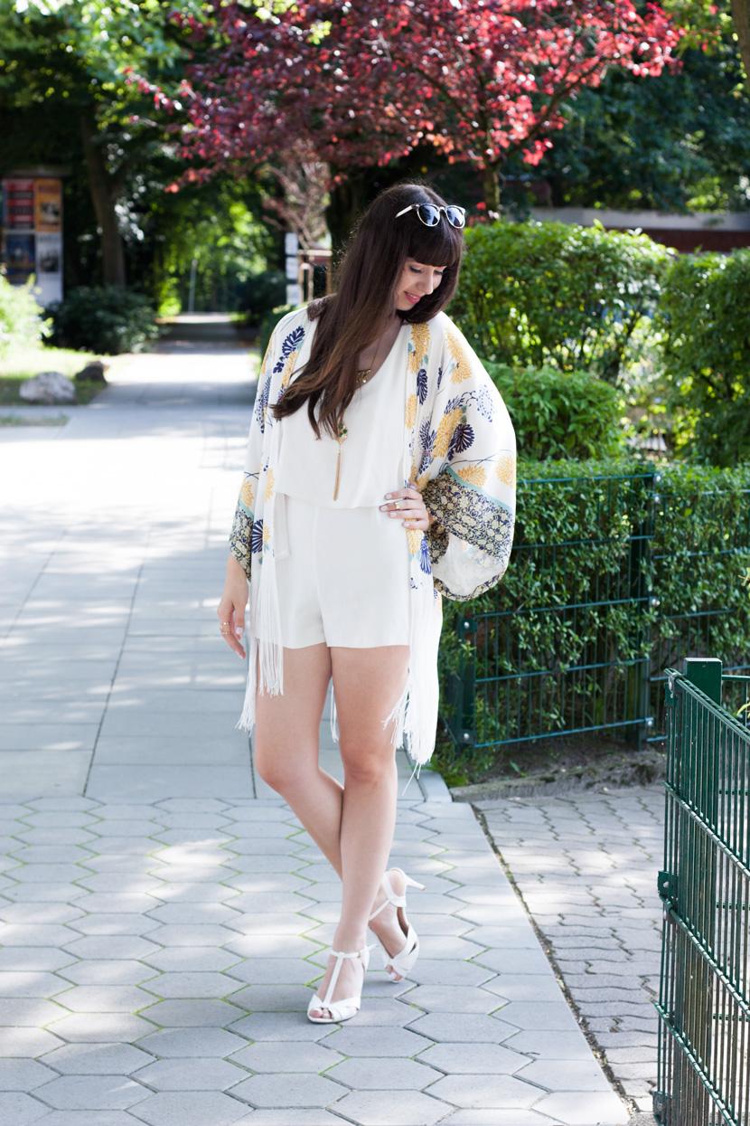 FringedKimono-Zara-Flowerprint-Fashion-BelleMelange-01
