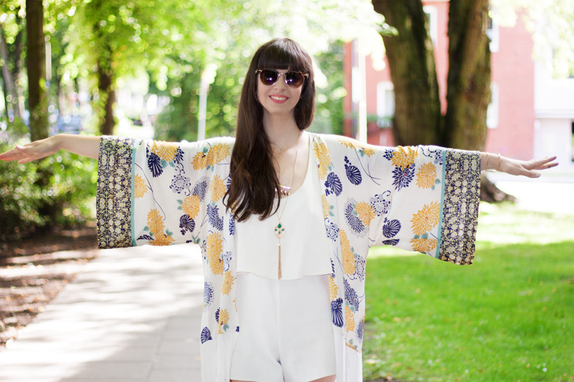FringedKimono-Zara-Flowerprint-Fashion-BelleMelange-05