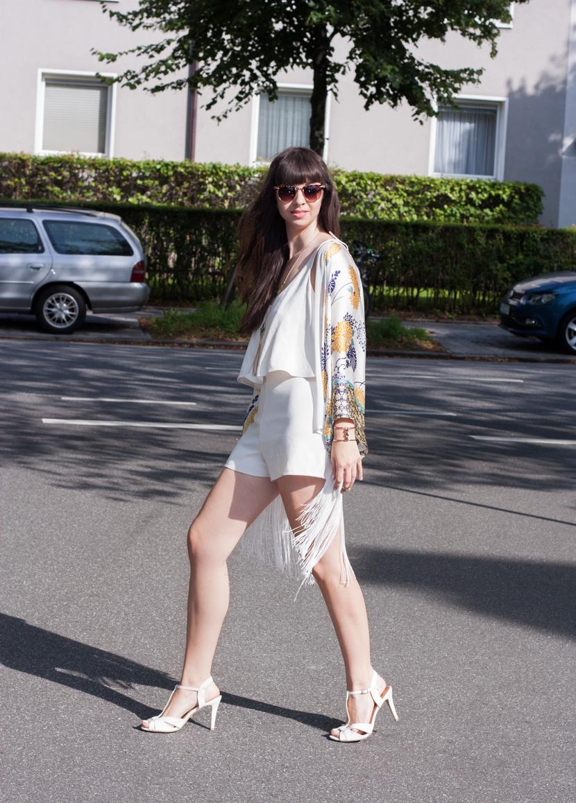 FringedKimono-Zara-Flowerprint-Fashion-BelleMelange-09