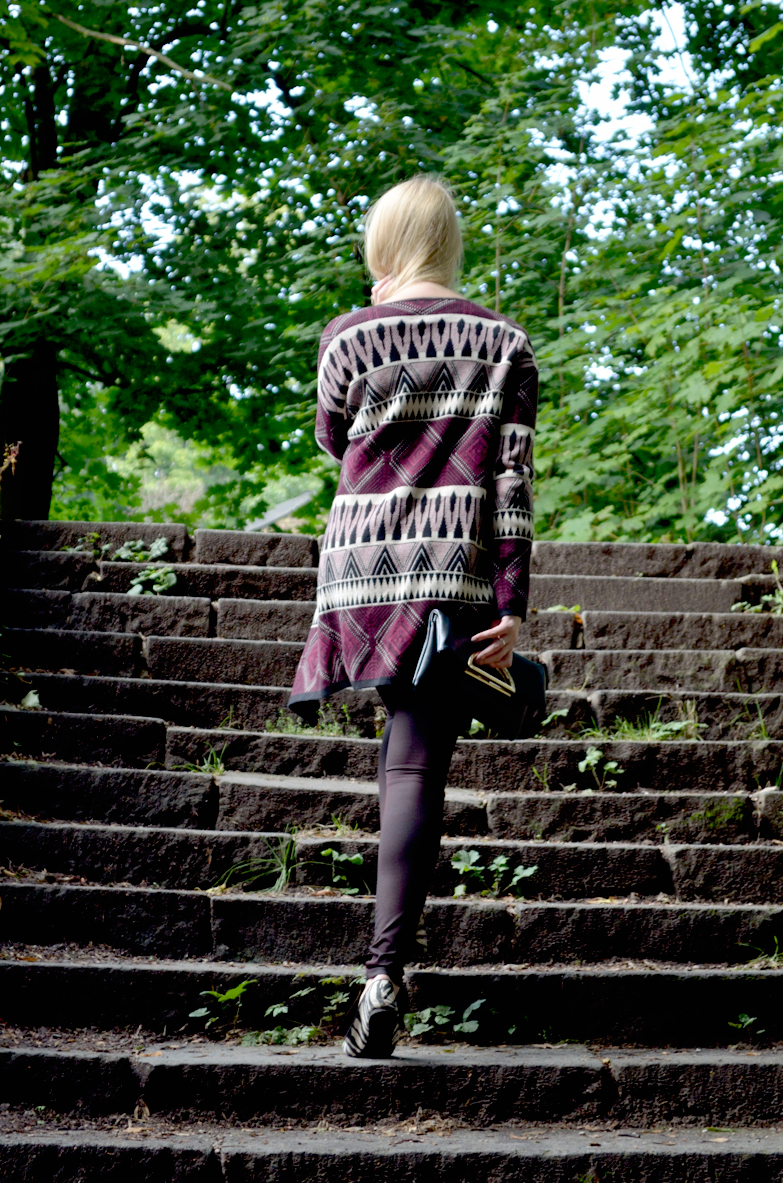 Blog_Belle-Melange_Bordeaux-Muster-Mix_Cardigan_Bershka_Herbst-2015_Look_Fashion_Outfit_3