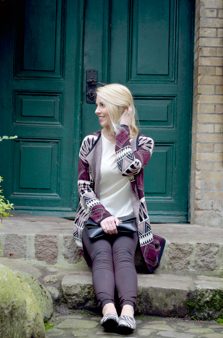 Blog_Belle-Melange_Bordeaux-Muster-Mix_Cardigan_Bershka_Herbst-2015_Look_Fashion_Outfit_6