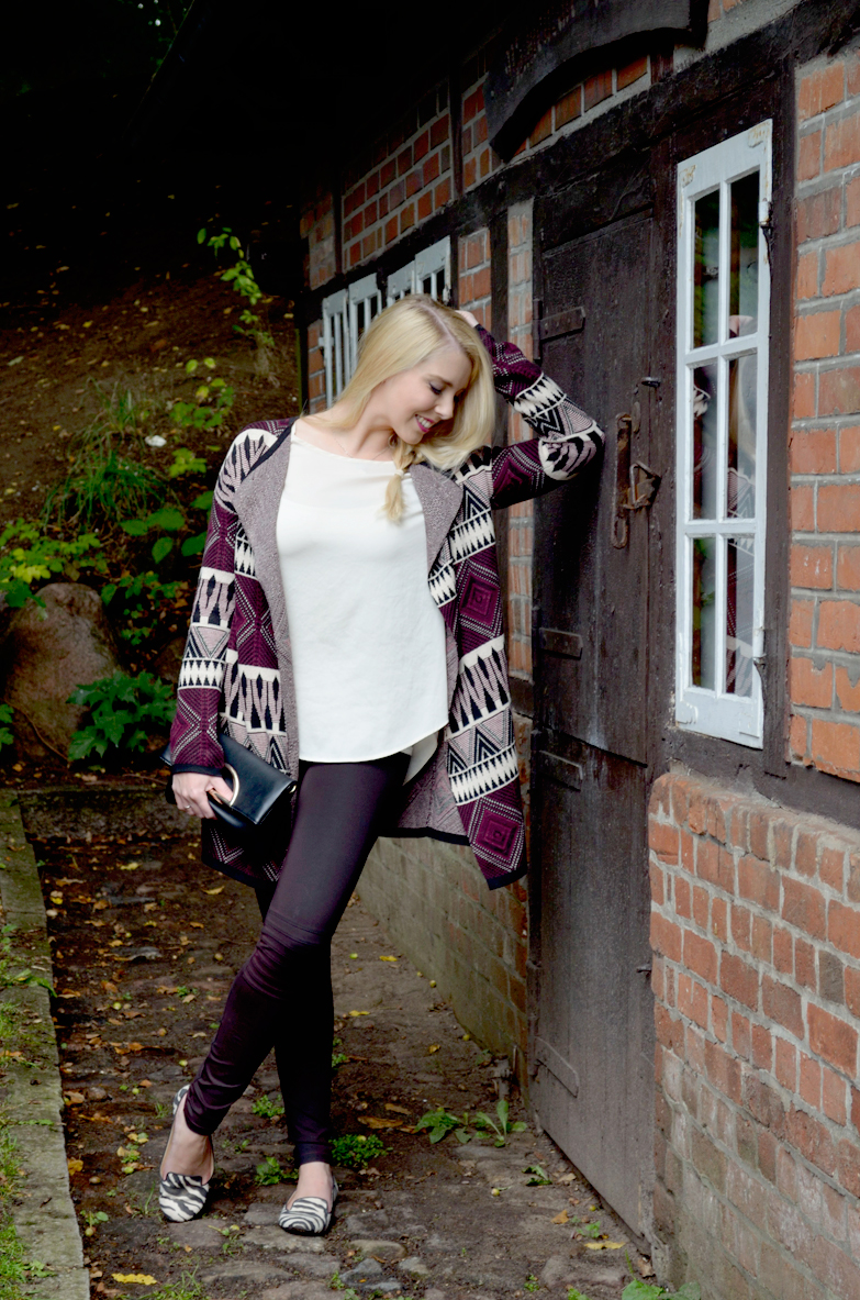 Blog_Belle-Melange_Bordeaux-Muster-Mix_Cardigan_Bershka_Herbst-2015_Look_Fashion_Outfit_7