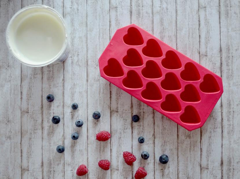 Frozen-Yoghurt-Fruit-Bites_Blog_Belle-Melange_Delicious_Recipe_How_1