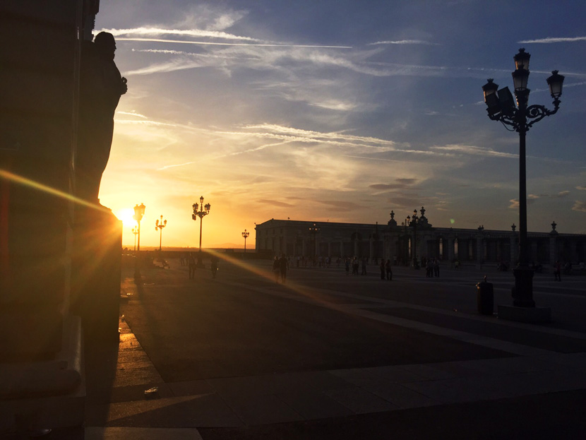 Sunset-Palacio-Real-1-Spanien-Madrid-Guide-Tipps-BelleMelange