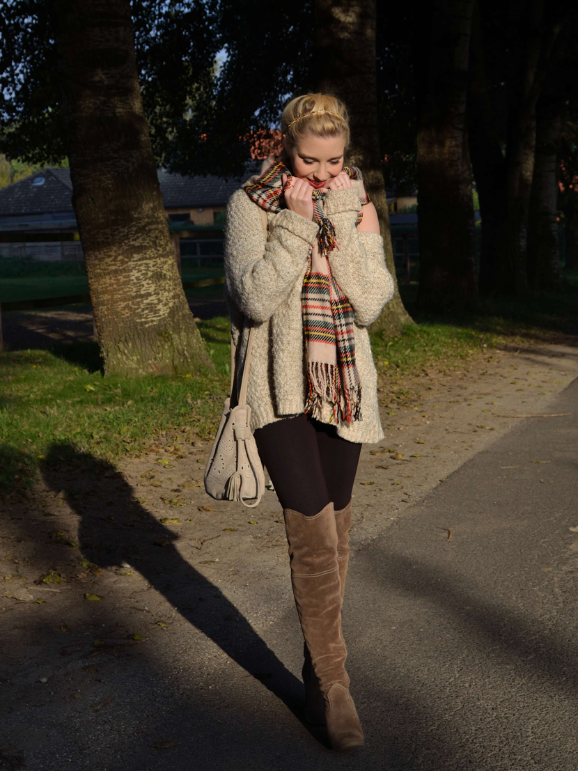 Cosy-Overknees-Style_Blog_Belle-Melange_Fashion_Outfit_How-to-style-overknees_4