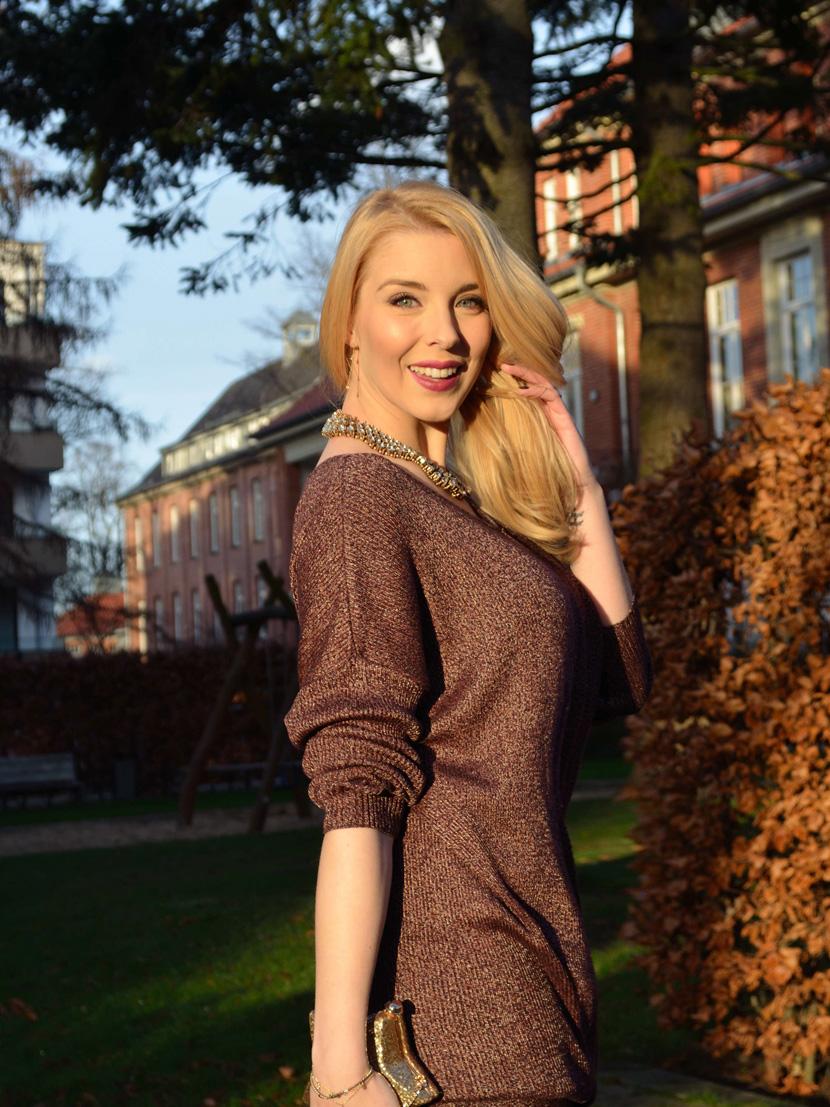 Festtagslook_Glitzer_Weihnachtsstern_Blog_Belle-Melange_Fashion_Outfit_Overknees_4
