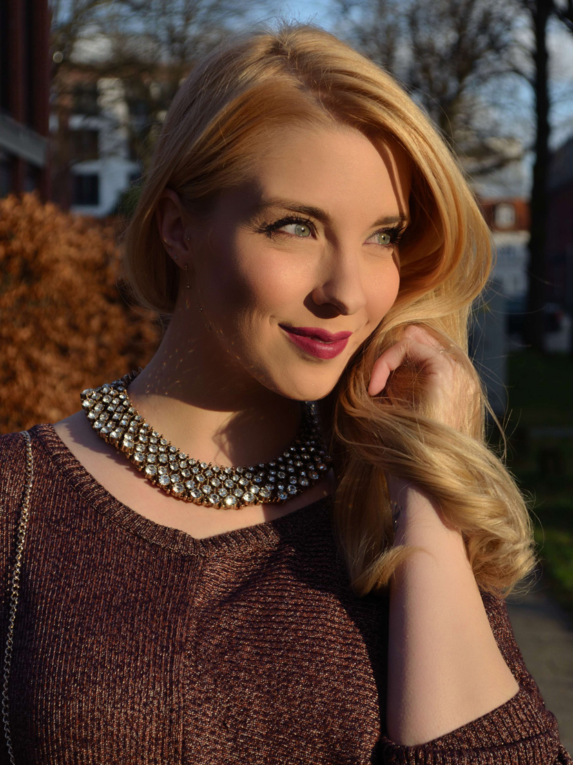 Festtagslook_Glitzer_Weihnachtsstern_Blog_Belle-Melange_Fashion_Outfit_Overknees_5