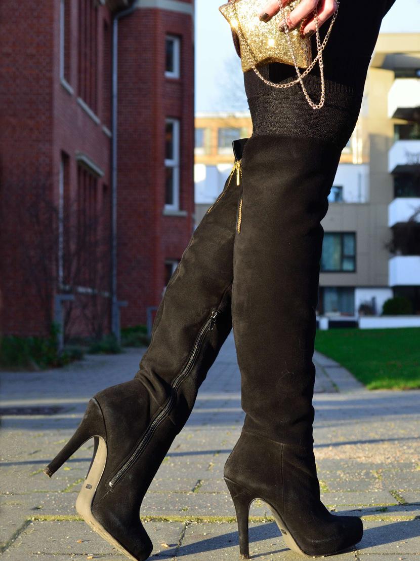 Festtagslook_Glitzer_Weihnachtsstern_Blog_Belle-Melange_Fashion_Outfit_Overknees_7