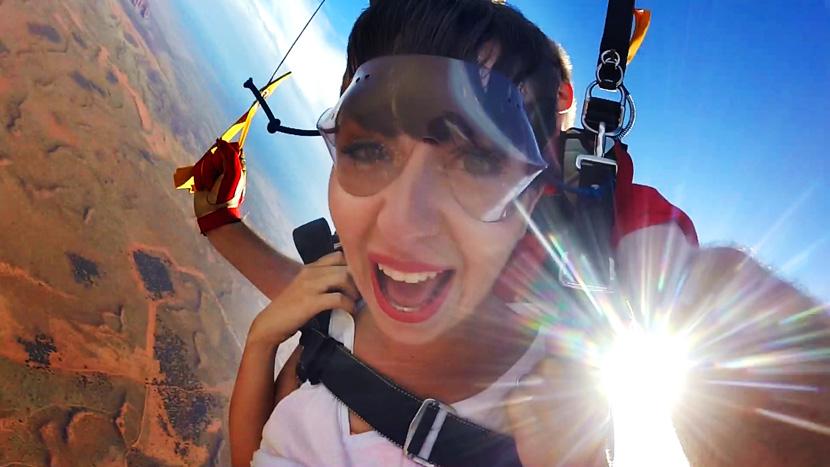 Skydive-Australia-Uluru-BelleMelange-08