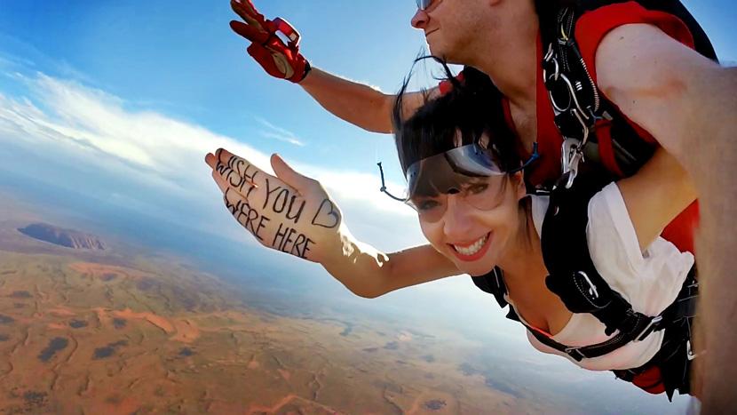 Skydive-Australia-Uluru-BelleMelange-09