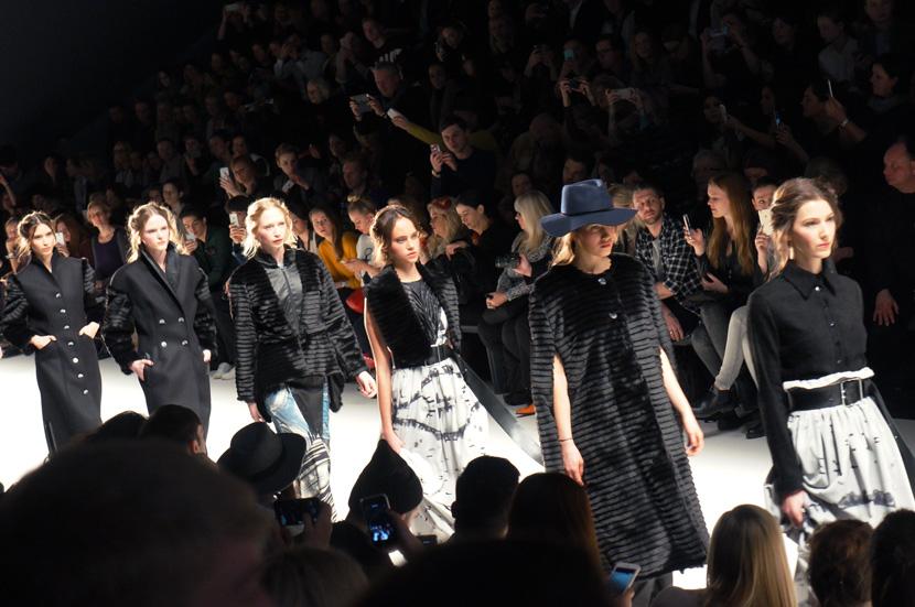 RebekkaRuetz-MBFW-FashionWeekBerlin-AutumnWinter2016-BelleMelange-04