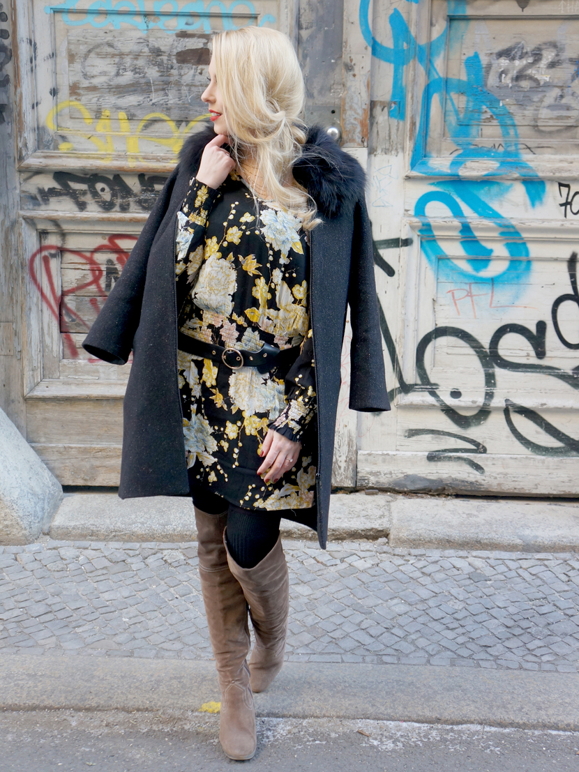 These-Berlin-Days-Flowerprint-Dress-Overknees_Blog_Belle-Melange_Fashion-OOTD-MBFW_1