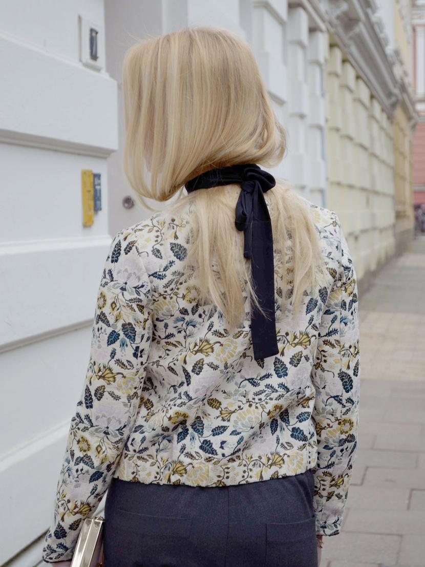 Frühlingslook-Jacquard-Blüten-Blazer-Blog-Belle-Melange-Outfit-Look_Modetrend_2