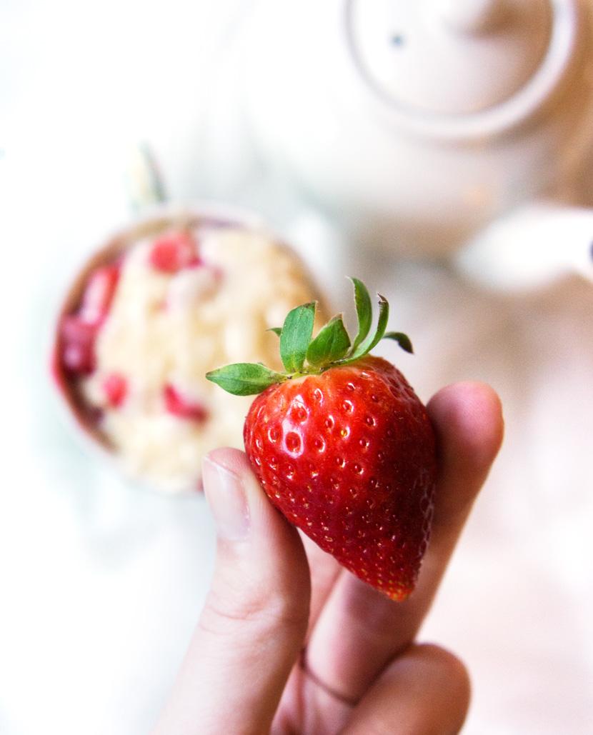 Strawberry-MugCake-Tassenkuchen-Rezept-Erdbeeren-BelleMelange-04