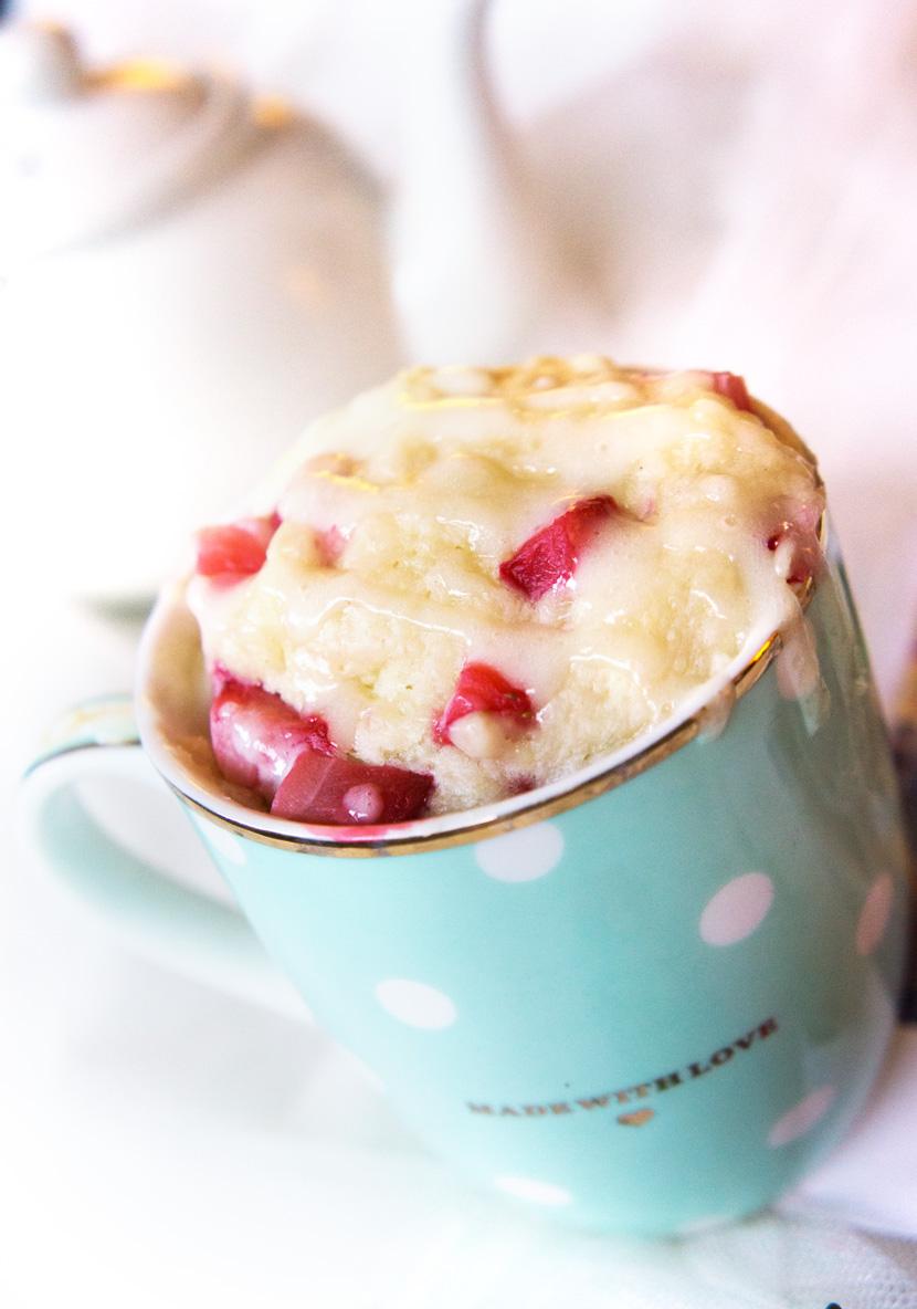 Strawberry-MugCake-Tassenkuchen-Rezept-Erdbeeren-BelleMelange-05