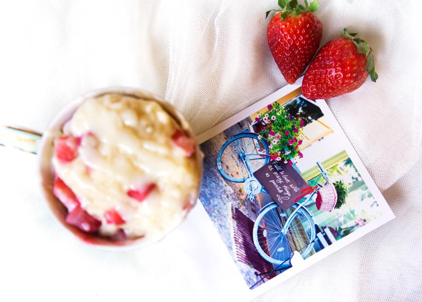 Strawberry-MugCake-Tassenkuchen-Rezept-Erdbeeren-BelleMelange-06