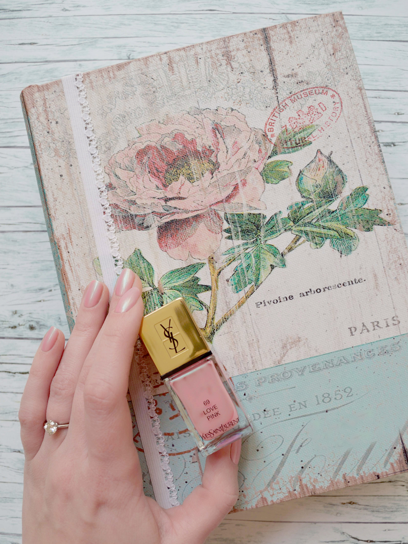 YSL-Boho-Stone-Nagellack-Review-Love-Pink-69-Blog-Belle-Melange-Beauty-2
