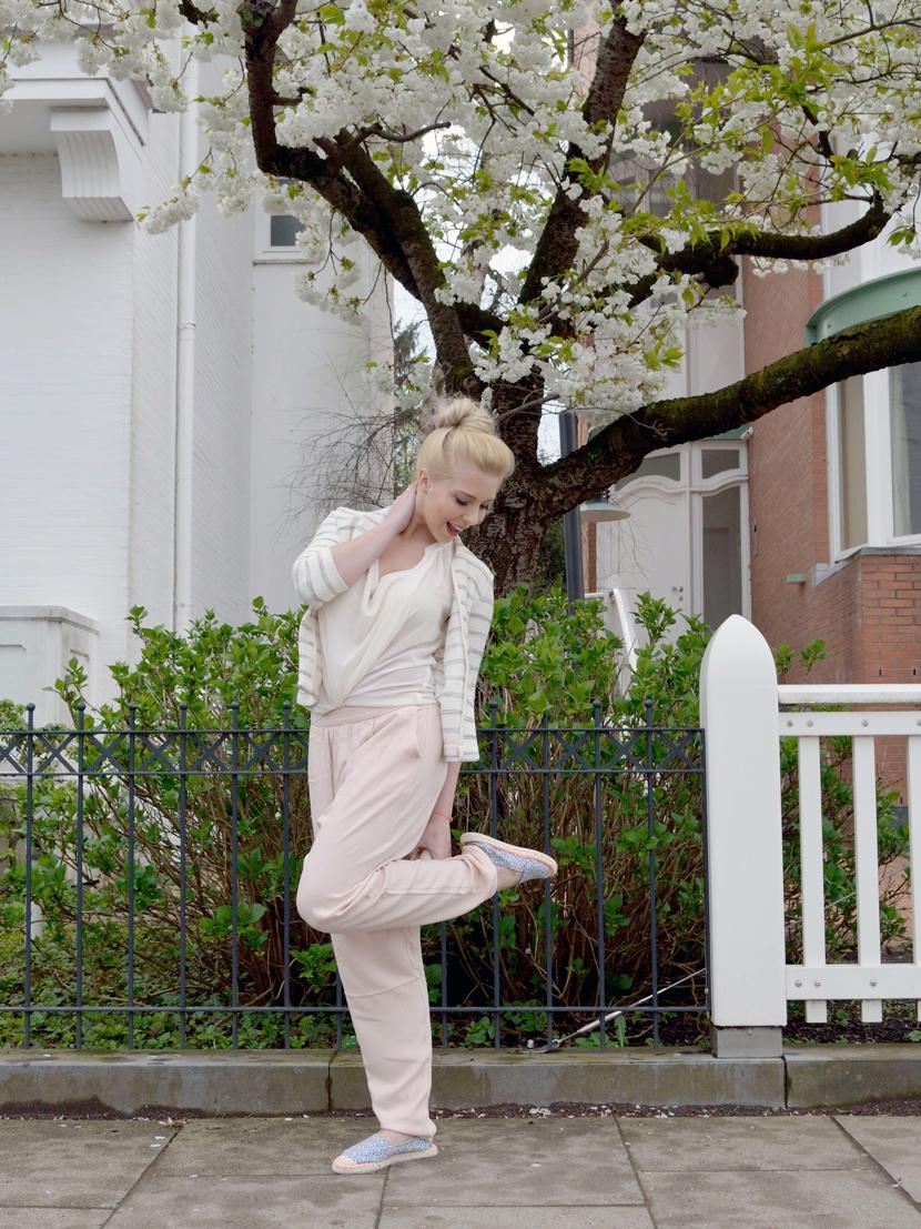 Hearttimes-Outfit-Fashion-Stoffhose-Blazer-Espandrilles-Blog-Belle-Melange-10